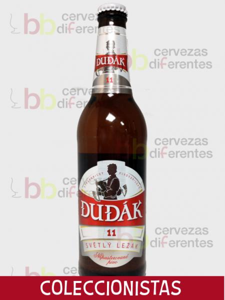 Dudak_Svetly_Lezak_cervezas_diferentes_coleccionistas