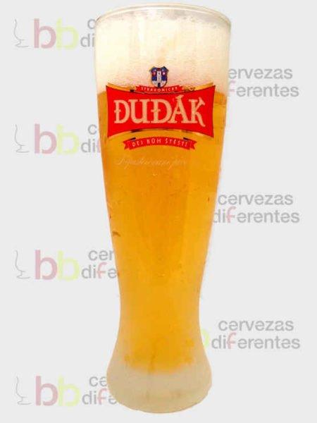Dudak _checa_vaso 3_cervezas diferentes