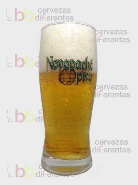 Novopacke_vaso_republica_checa_cervezas_diferentes